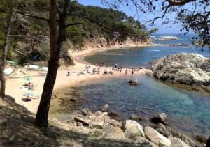Cala Estreta beach