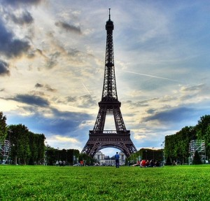 visit Paris on a budget