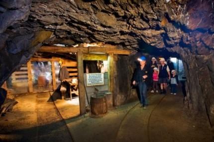 underground gold mine