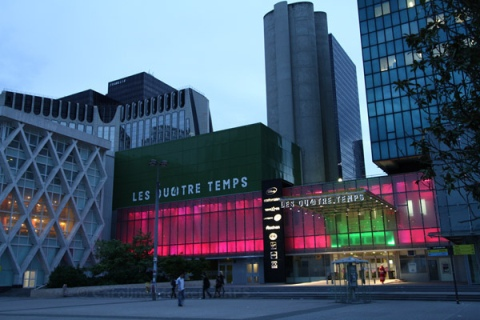 les quatre temps shopping mall in la defense in paris. Black Bedroom Furniture Sets. Home Design Ideas
