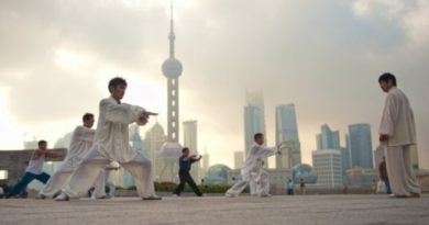Doing Tai Chi in Shanghai on the banks of the Huangpu